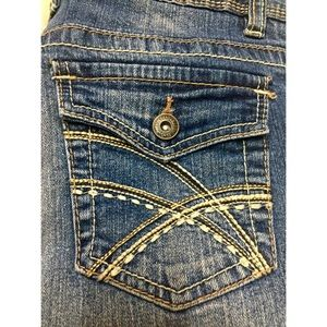 Like new Rue 21 mid rise bootcut Jeans 5/6 long
